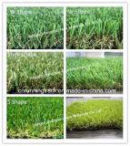 Het klassieke en Groene en Natuurlijke Synthetische Gras van de Kleur van de Zachte Prestaties van de Aanraking