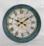 Orologio di parete del metallo di numero romano