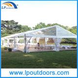 Tenda della tenda foranea di evento della festa nuziale delle 300 genti