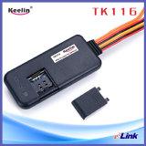 Dispositivo do perseguidor do carro do GPS com o número de IMEI que segue o PC da sustentação e o APP Tk116 de seguimento