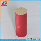 Estampage chaud autour de la boîte en carton avec le couvercle en bois