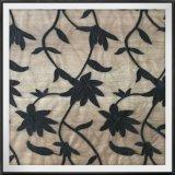 カエデの葉のカエデの葉が付いている刺繍されたレースの網の刺繍のレース