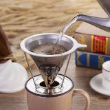 Javapresse льет над создателем кофеего с виноделом потека руки стойки ухищренным с многоразовым Dripper фильтра