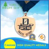 Médaille en alliage de zinc faite sur commande de cas de basket-ball d'or de qualité avec la bande de médaille