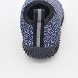 快適および通気性の注入のダイビングのズック靴