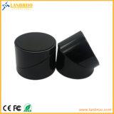 Caricatore senza fili nero con protezione eccessiva di temperatura