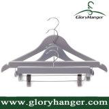 Calças com abraçadeiras de suporte de madeira, cabide cabide personalizada de fábrica