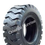 La Chine port industriel Utilisation 18.00-25 de pneu 40pr pour atteindre empileur