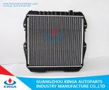 Peças do carro após OEM 16400 do radiador do mercado para Toyota Hilux 2.4 (d)