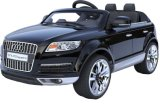 Автомобиль 1452001 RC для езды Audi Q7 на приводе электрического автомобиля детей колес автомобиля 4 поручая с младенцами младенца автомобиля игрушки дистанционного управления могут сидеть крест