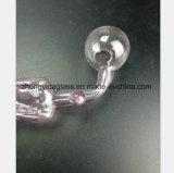 Rosafarbener GlasHuka-Filter-Tabak, der Glasgefäß aufbereitet