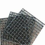 Rejilla de material plástico reforzado con fibra