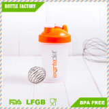 400ml BPAはPPのプラスチックスポーツ蛋白質のシェーカーのびんを放す