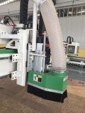 Centro fazendo à máquina do cortador e do gravador do CNC
