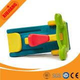 De dubbel Gebruikte Plastic Dia's van de Speelplaats van Jonge geitjes Kleine