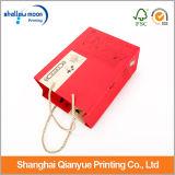 Sacchi di carta rossi della Cina con la maniglia
