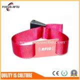 Tejido desechables RFID Pulsera con Chip F08 para la Empresa E-Ticket del sistema de pago