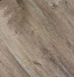Hölzerner Muster Belüftung-Vinylumweltsmäßigbodenbelag