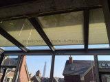 二重ガラスの単位のためのモーターを備えられた細胞または蜜蜂の巣のブラインド