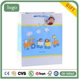 Kleine Fallhammer-Kind-Kunst-überzogene Geschenk-Papiertüten