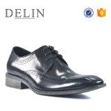 Высоких стандартов качества мужчин платья Brogue кожаную обувь