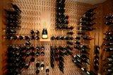 Творческой установленный стеной алюминиевый шкаф вина металла цилиндра шпенька вина