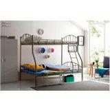 容易なアセンブリ現代学校家具の耐久の鋼鉄二段ベッド