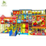 品質の子供のデイケアの屋内運動場の中心、赤ん坊のための子供の現代屋内運動場