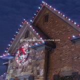 Het Licht van Kerstmis glanst op LEIDENE van Kerstmis van het Huis Nieuwe Gloeilamp