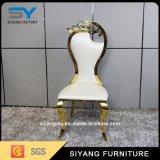 Tela de la silla del doblez del metal del oro de los muebles del restaurante que cena la silla