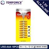 China-Fabrik-ultra alkalische Batterie mit fördernder Geschenk-Fackel 24PCS (LR6/AA Größe) 5 Jahre Lagerbeständigkeits-