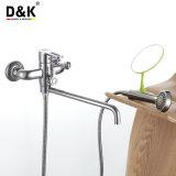 D&K faible prix de vente chaud laiton chromé de haute qualité à long bec Mélangeur de baignoire