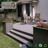 Decking composé en bois imperméable à l'eau du plancher WPC de vente chaude pour le revêtement de sol extérieur