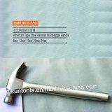 La mano del hardware della costruzione H-145 lavora il martello da carpentiere diritto di tipo americano con la maniglia di legno stampata tramite laser
