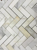 Плитка мозаики золота Calacatta белая мраморный шевронная