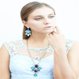 Colliers acryliques en verre de bijou de mode de résine neuve de poste