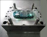 Molde de injeção para tomada elétrica