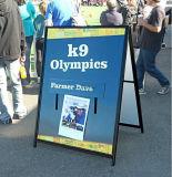 """Tekens de bedrijfs van de Werf voor Onroerende goederen & De Campagnes van de Verkiezing knallen OpenluchtTribune van de Vertoning van het Frame Sidewalk24 van Portablea van de Apparatuur omhoog van de Reclame de Promotie """" X36 """""""