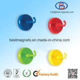 Aimant magnétique personnalisé de bac avec la peinture de crochet colorée