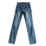 Elegante de la mujer pantalones vaqueros skinny jeans de moda