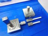 ハイエンドCNCの機械化の組合せの一定Al2O3アルミナ陶磁器弁の挿入