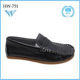 Zapatos ocasionales baratos cómodos de la última manera de la venta al por mayor para el muchacho