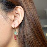 여자를 위한 금에 의하여 도금되는 사기질 귀여운 크리스마스 스타킹 하락 귀걸이