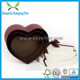 Boîte-cadeau de fantaisie de chocolat de carton de papier de forme de coeur avec le couvercle clair
