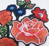 Populaires dentelle Flower Patch broderie pour accessoires