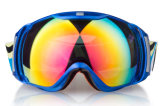 La prescrizione di corsa surdimensionata mette in mostra i vetri di sci degli occhiali di protezione