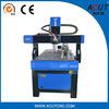 回転式の合板の彫版CNCのルーターのための木工業機械装置