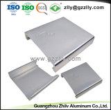 Profil en aluminium aluminium extrudé personnalisé dissipateur thermique pour l'équipement audio de voiture