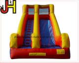 屋外の運動場娯楽のための巨大で膨脹可能な水スライド