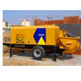 Trasferimento del cemento del rimorchio che trasporta pompa per calcestruzzo per costruzione